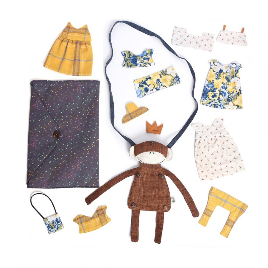 TOUCHED STUDIO DRESS UP DOLL BAG AT HUMANITY HANOI